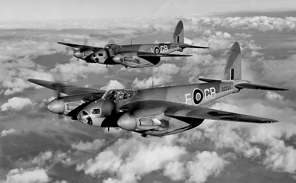 de Havilland Mosquito Formation 1942